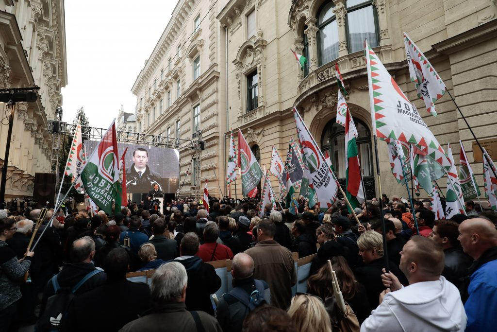 Jobbik: No Compromise with 'Orbán Regime' post's picture