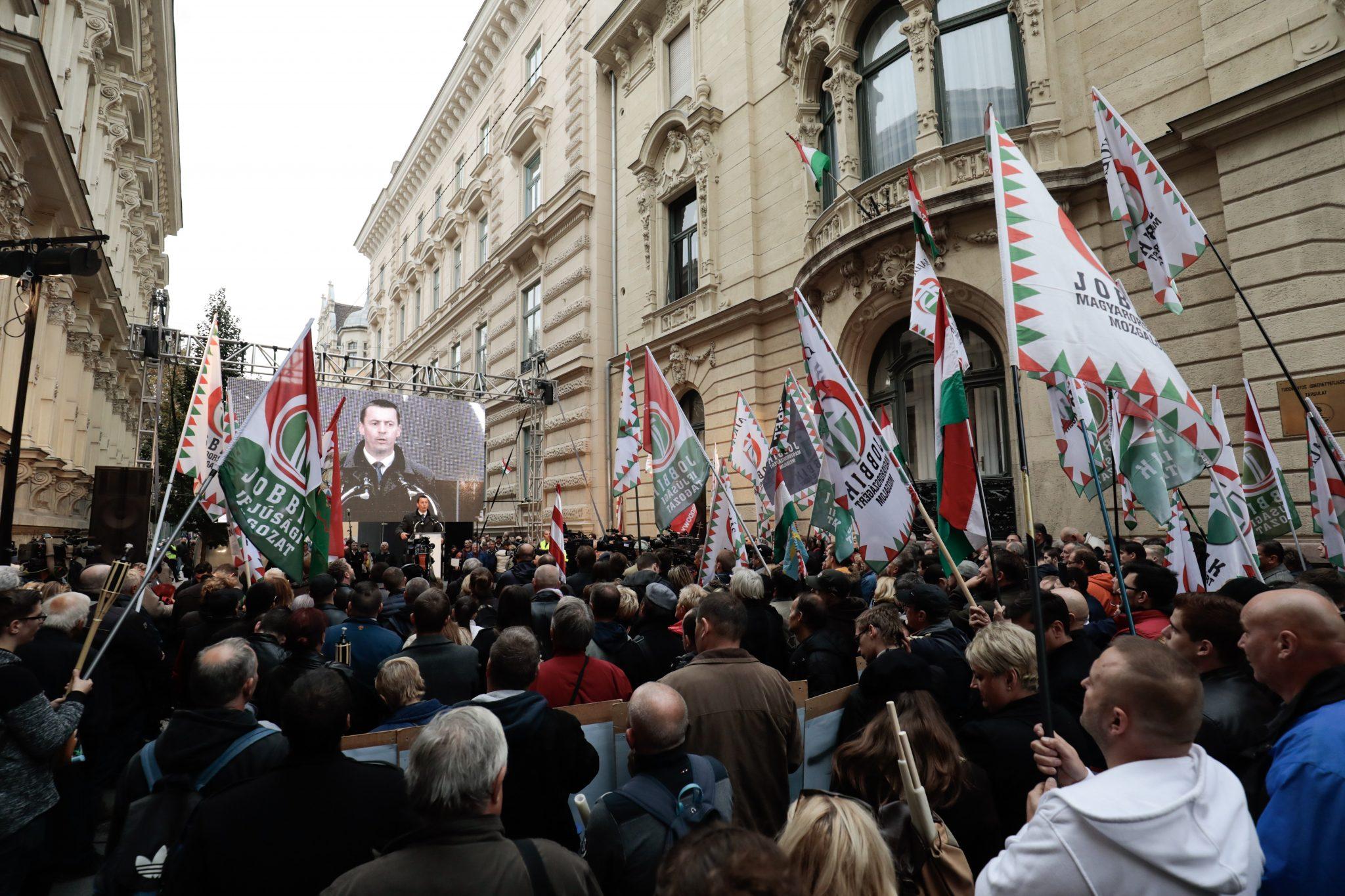 Jobbik: No Compromise with 'Orbán Regime' post's picture