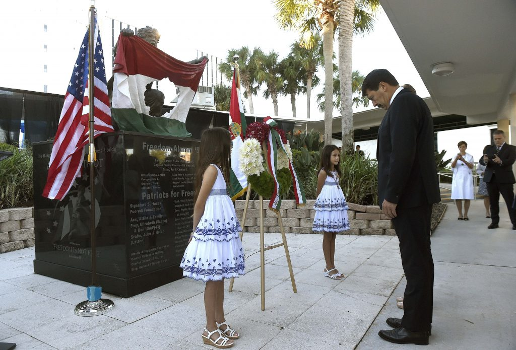 Áder Commemorates 1956 Uprising, in Florida post's picture