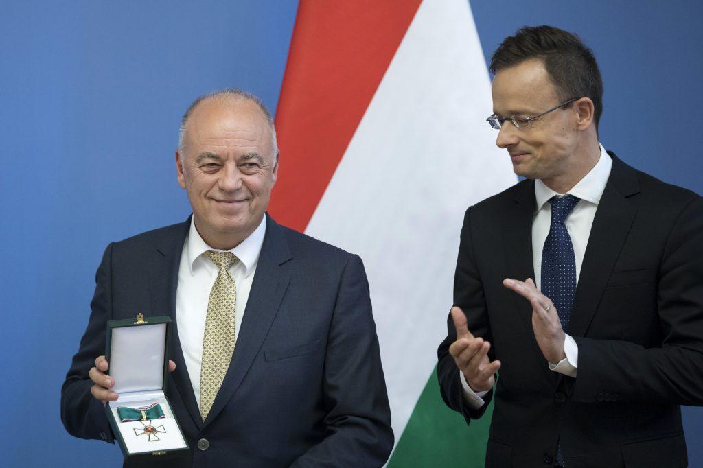 Audi Board Member Awarded Hungarian Order of Merit post's picture