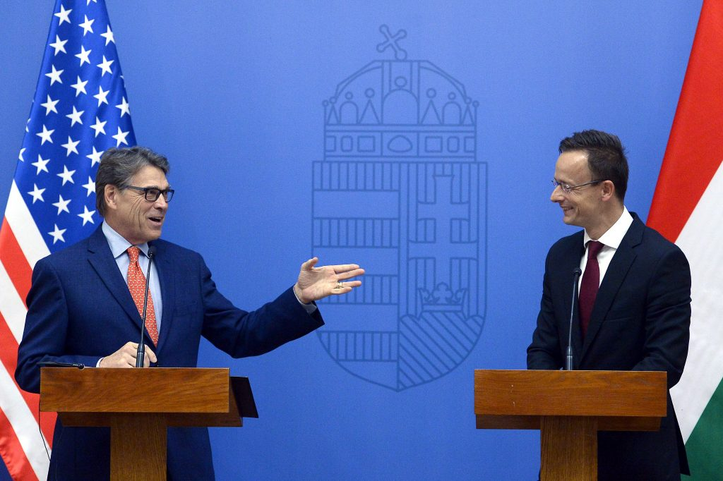US, Hungary Urge Diversification of Central Europe's Energy Supply post's picture