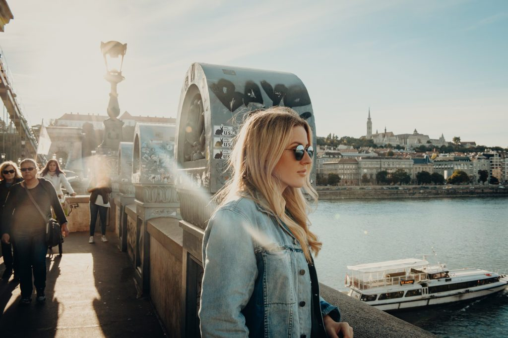 Watch Ellie Goulding's New Music Video Shot Entirely in Budapest post's picture