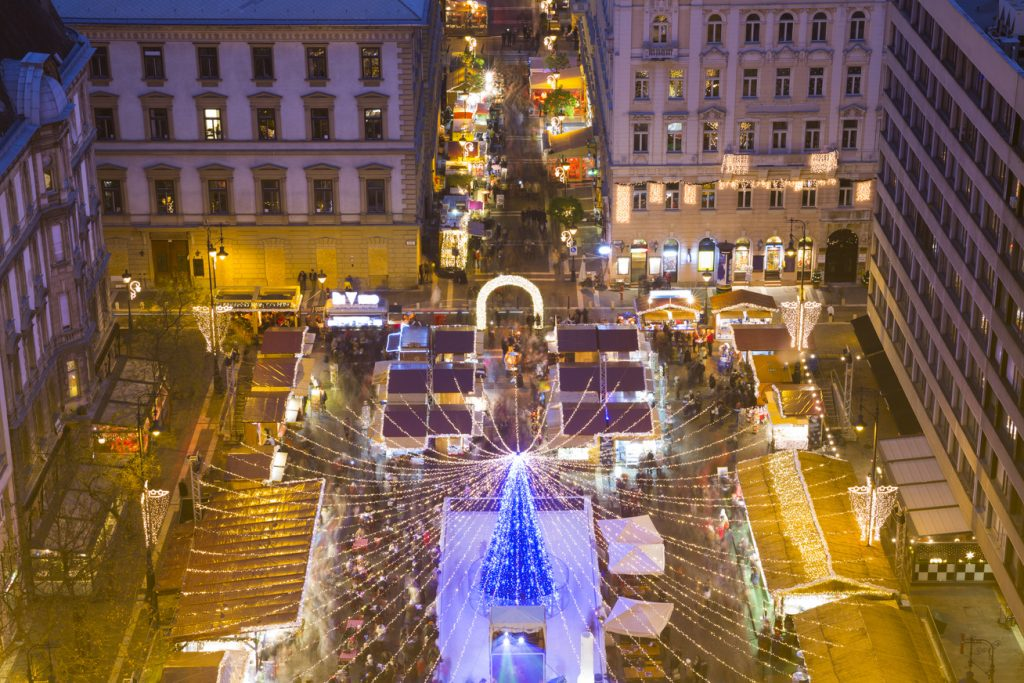 Budapest Christmas Market Among Most Popular in Europe post's picture