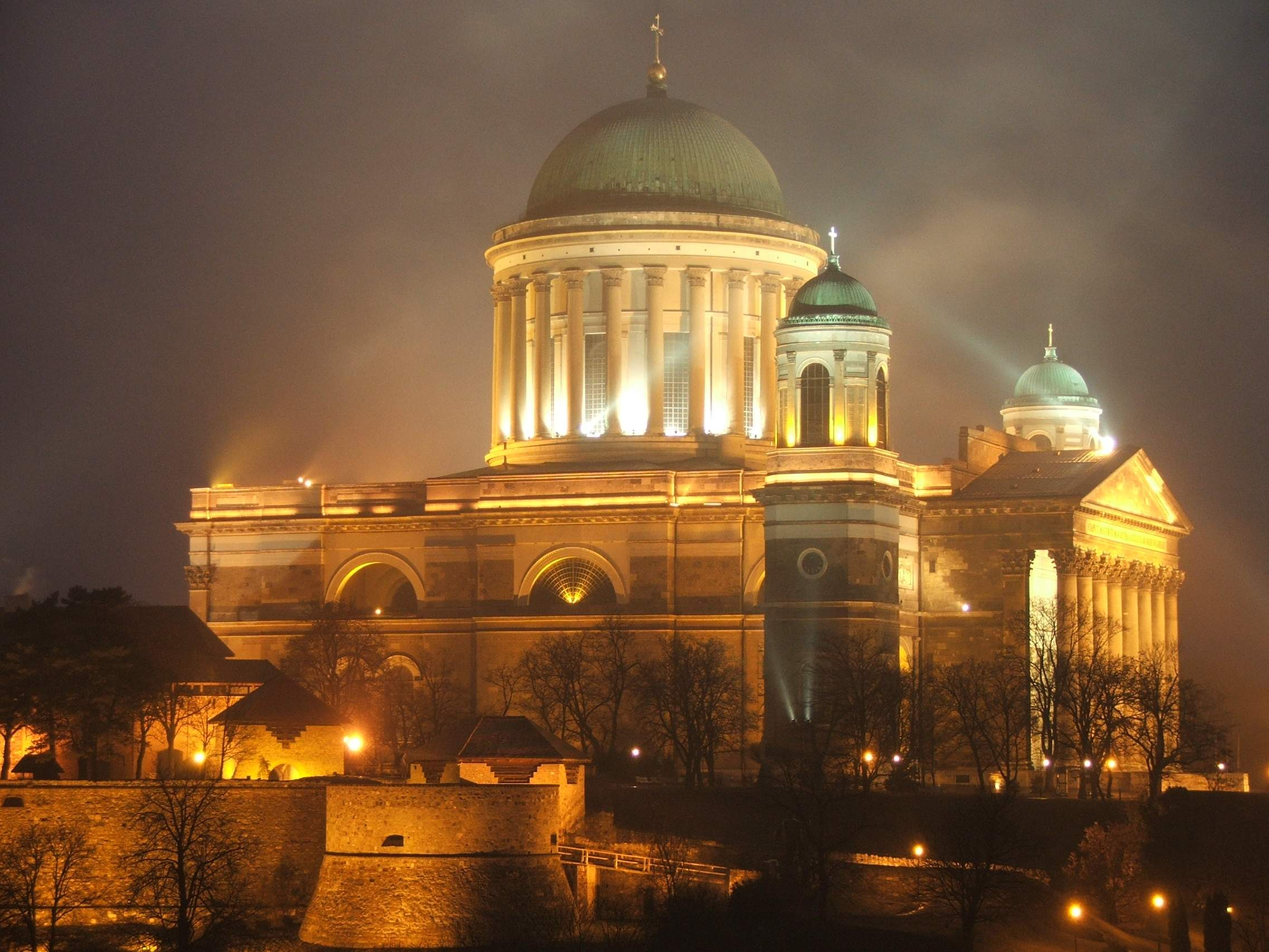 Govt to Contribute HUF 10 bn to Esztergom Basilica Reconstruction post's picture