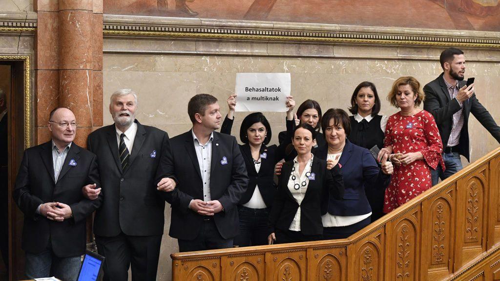 Socialists-Párbeszéd Protest House Speaker's Planned Sanction post's picture