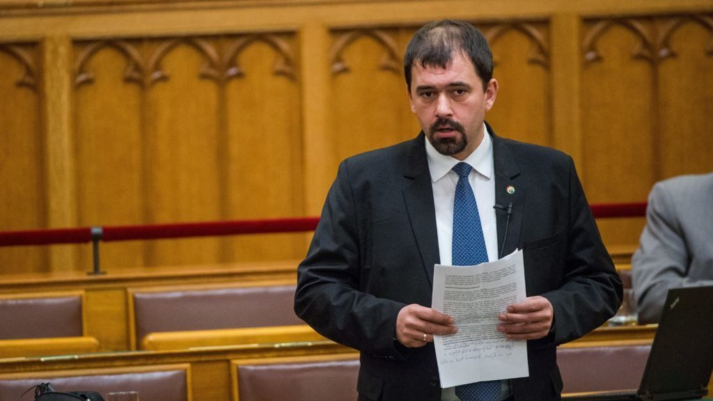 Jobbik MP Szávay Resign Seat in Parliament After Anti-Semitic Recording Leak post's picture