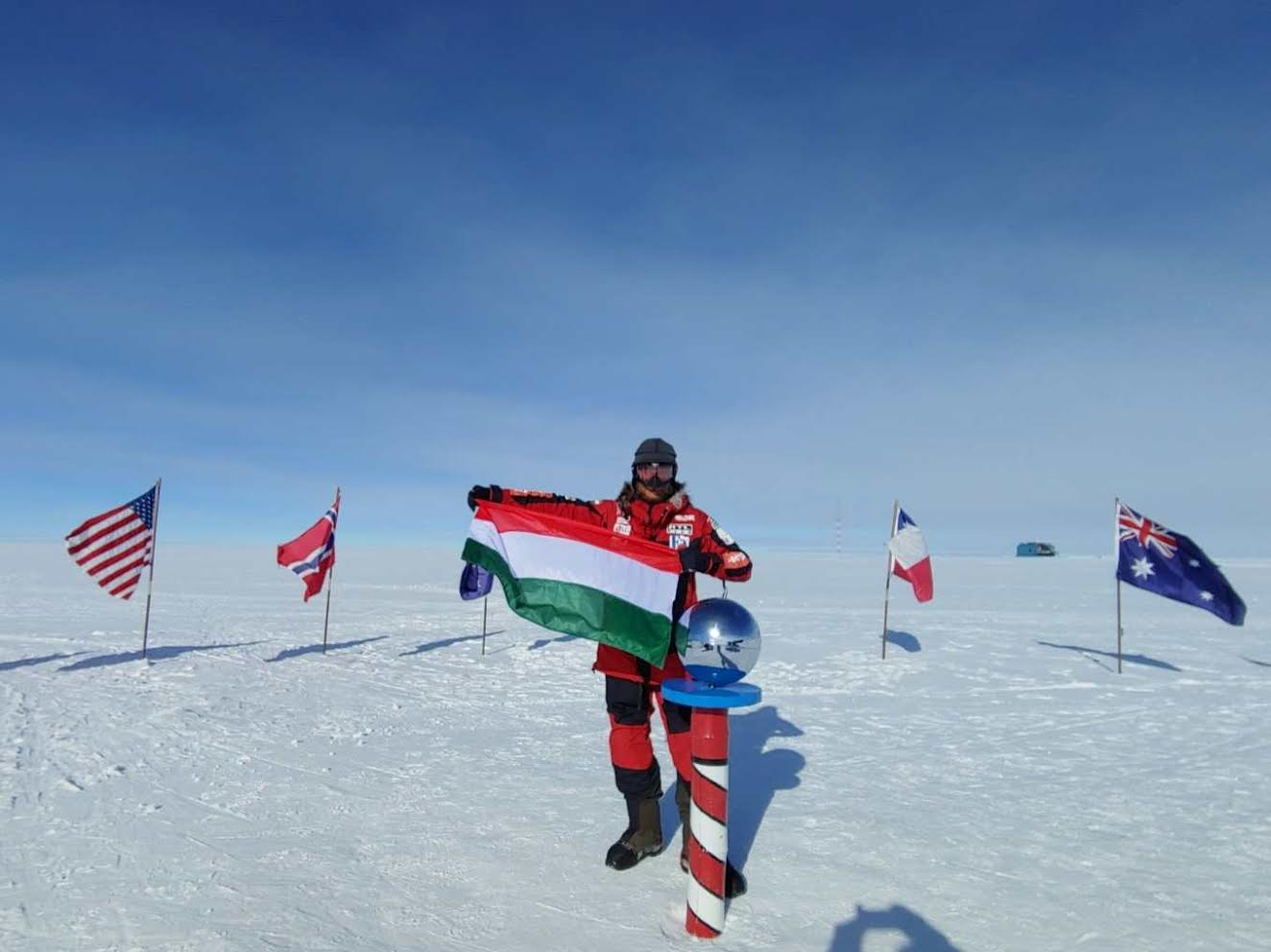 Rakonczay Has Become the First Hungarian to Reach the South Pole post's picture
