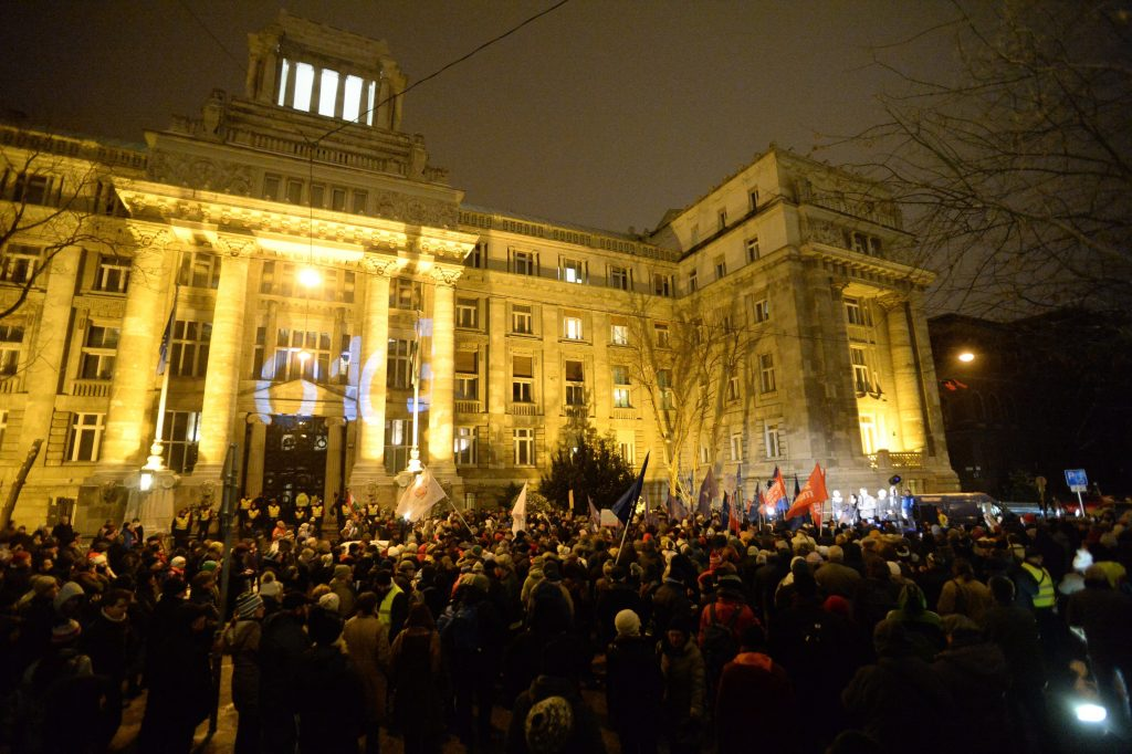 Demonstration Held against Chief Prosecutor's Office in Budapest post's picture