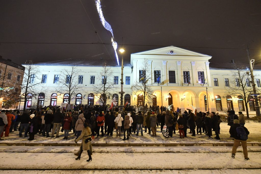 Protests Held in Szolnok, Debrecen against Labour Code Changes post's picture
