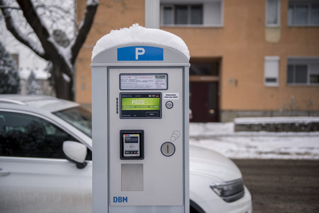 Coronavirus: Fidesz-Christian Democrats Press for Free Parking in Capital post's picture