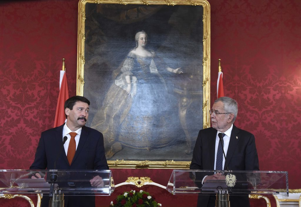 President Áder Lauds Hungary-Austria Economic Ties post's picture