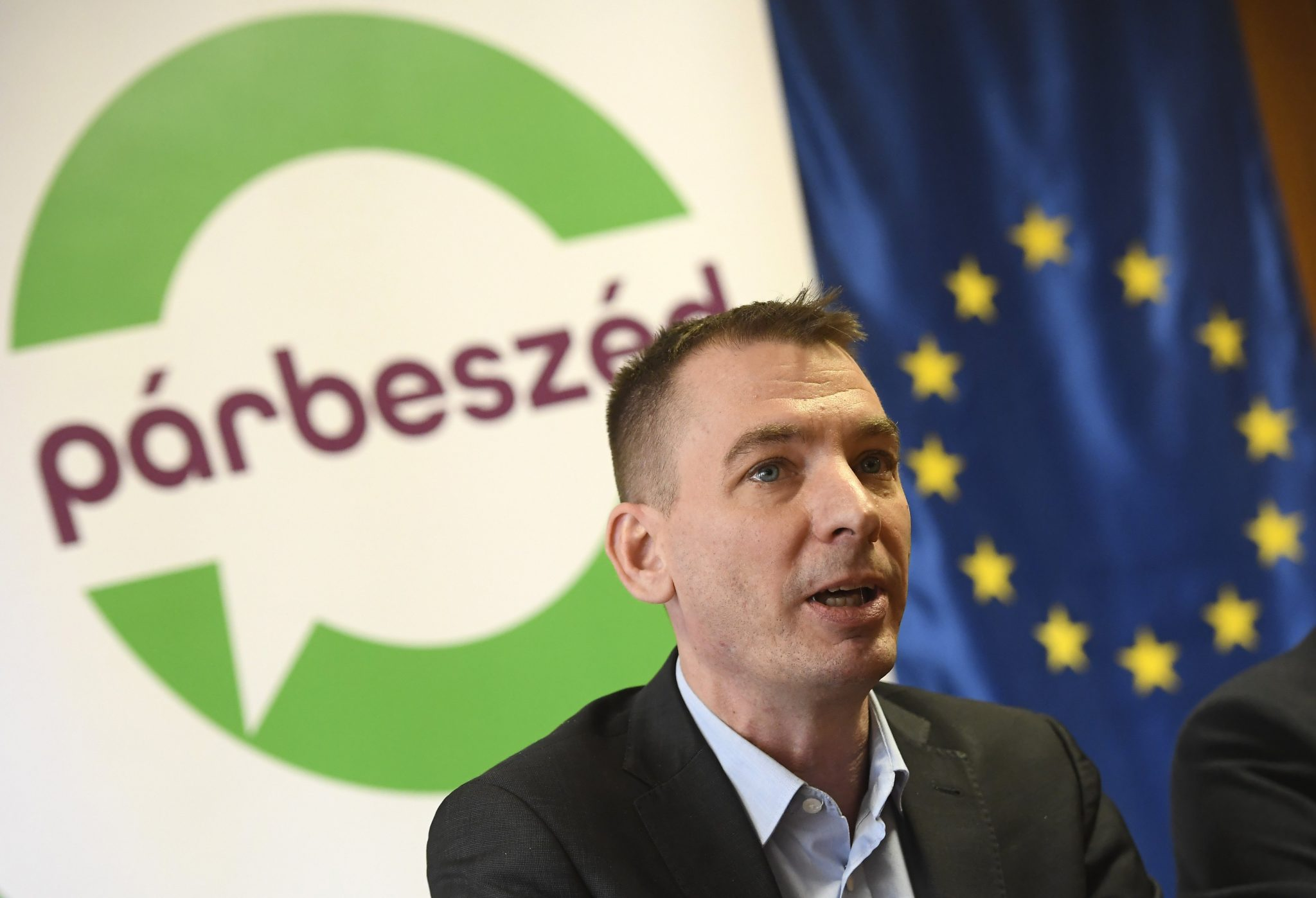 Fidesz Demands Dismissal of Jávor from Brussels after 'Bungabunga' Tweet Insult to State Secretary post's picture