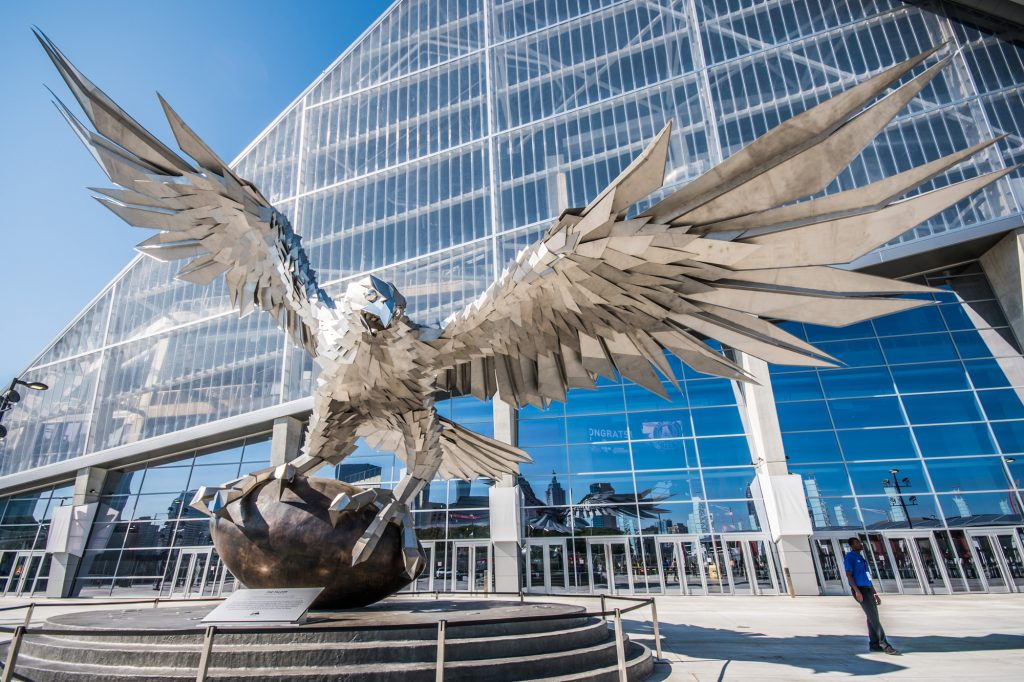 Hungarian Sculptor's Giant Falcon Statue Welcomed Super Bowl Spectators in Atlanta post's picture