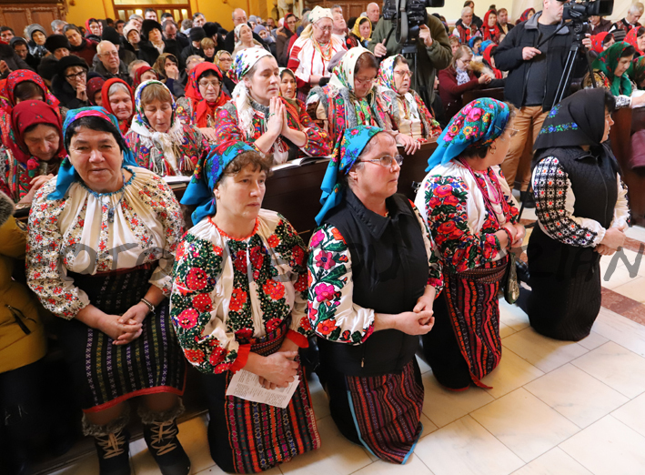 Week in the Life of HungarianCommunitiesin theCarpathian Basin: Hungarian Mass, Local History Conference and Exhibition post's picture