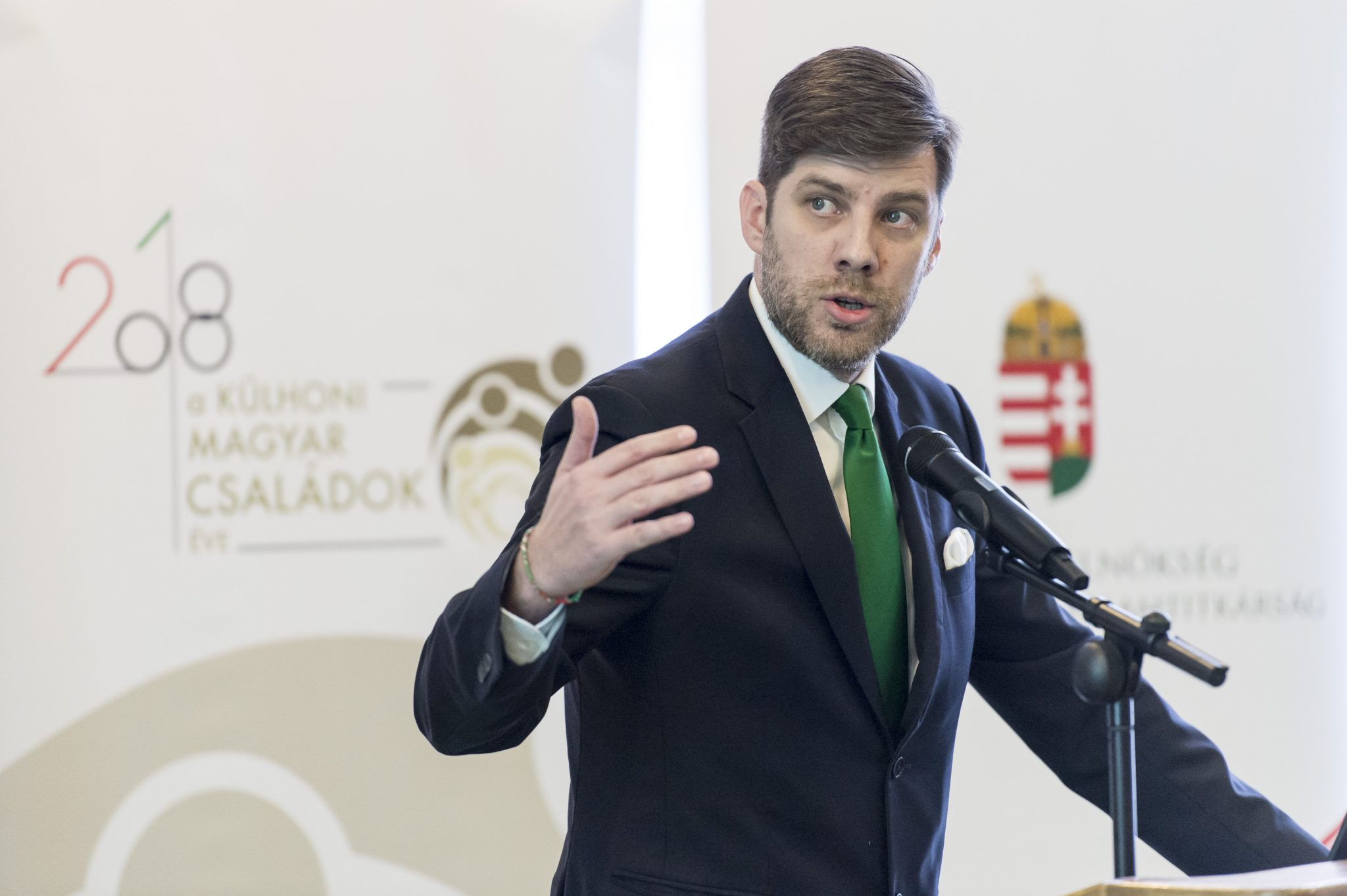Ministerial Commissioner Hails Meeting of Hungarian Weekend Schools post's picture