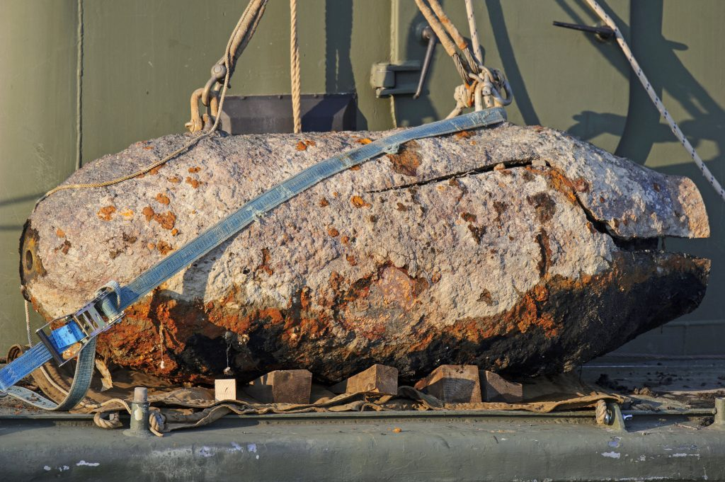 WW2 Bombs in Danube Defused in Budapest post's picture