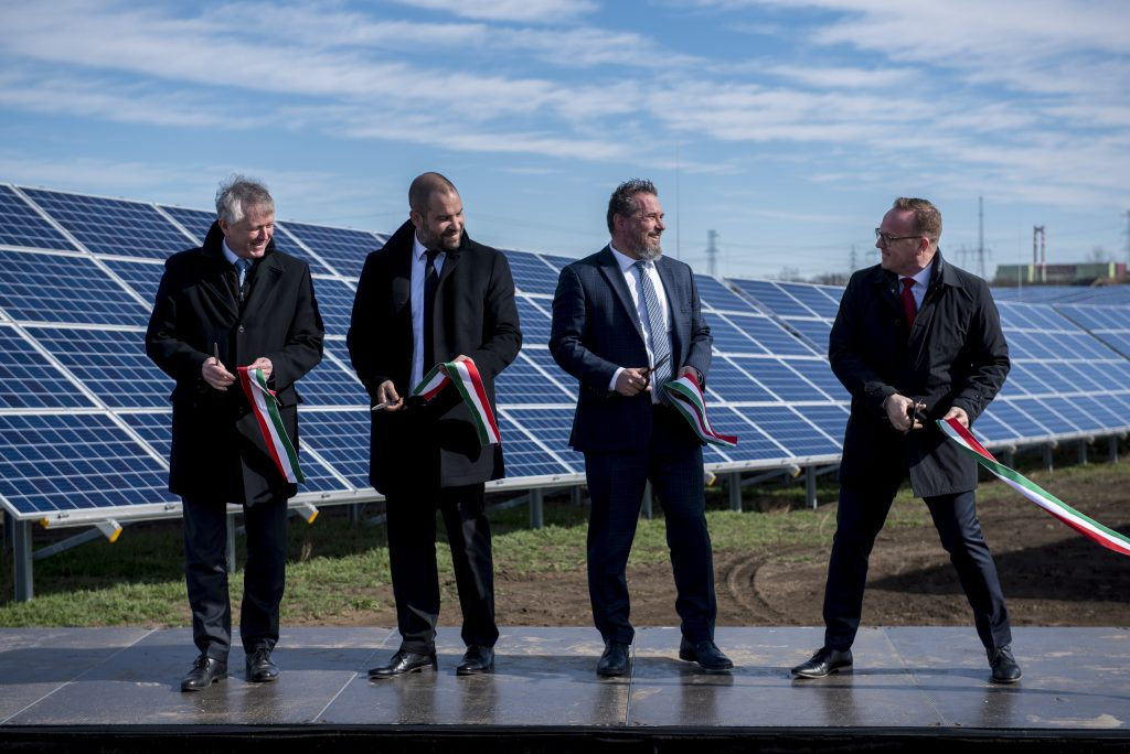 Hungary's Biggest Solar Plant Inaugurated at Paks post's picture