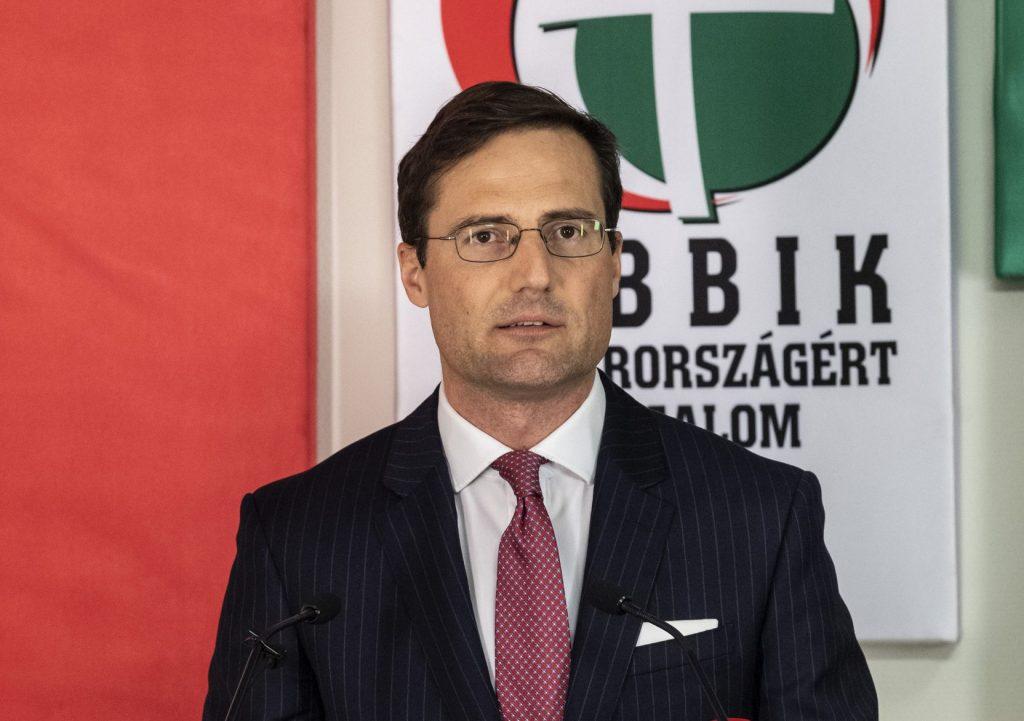 Jobbik EP Program: Migration, Wage Union, Autonomy for Minorities post's picture