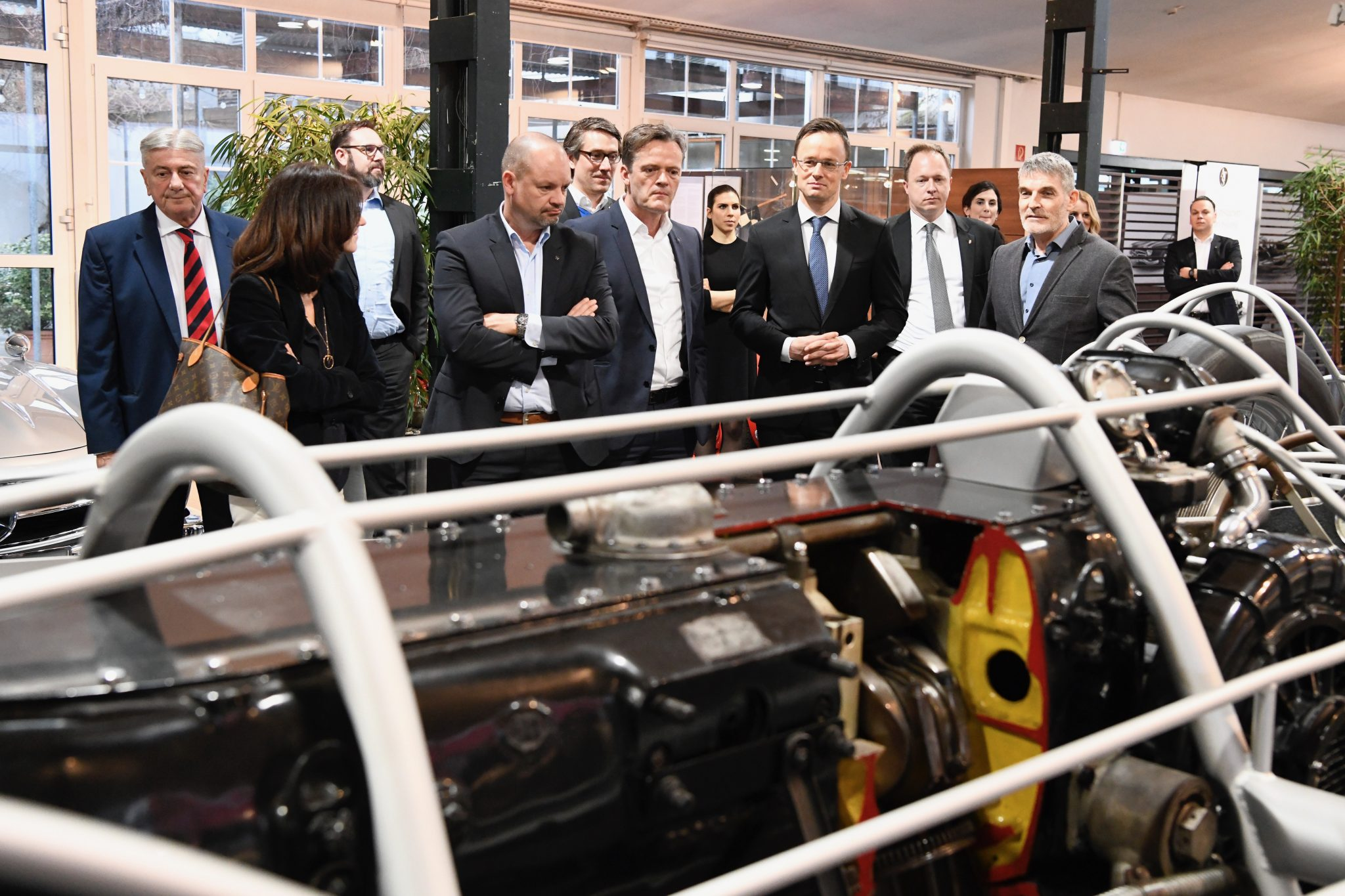 Foreign Minister Hails Increasing Baden-Wuerttemberg Investment in Hungary bf8563020d