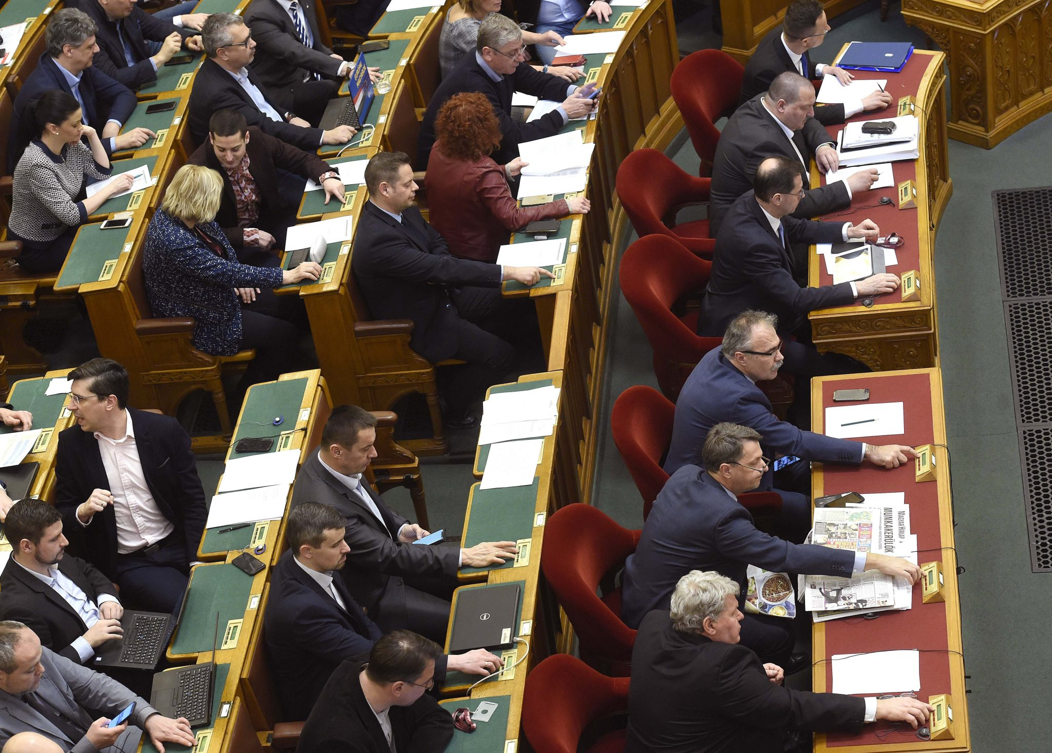 Parlt Removes Immunity of Candidates Being Prosecuted post's picture