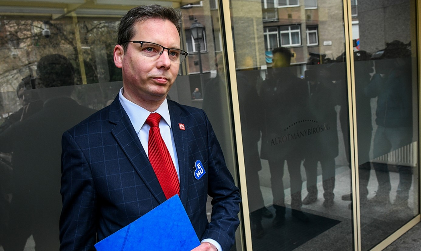 Socialist MP Slams Weber for Budapest Visit post's picture