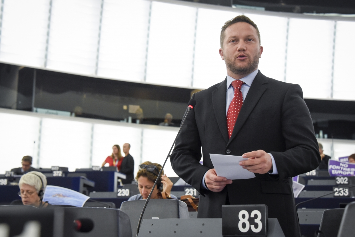 Socialists call for European minimum wage of EUR 750 post's picture