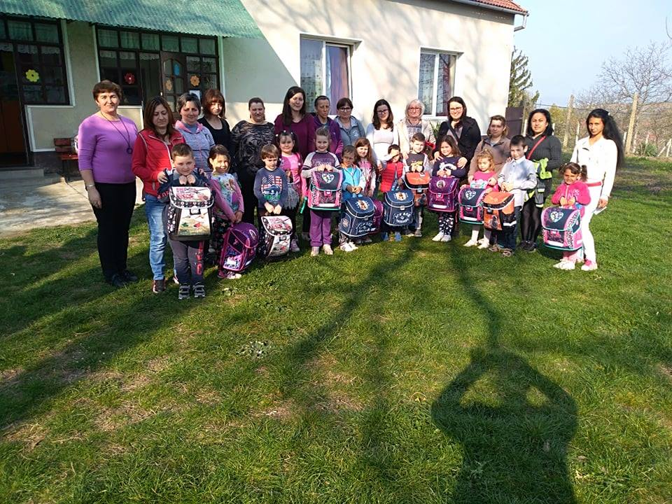 Support to Minority Hungarians: Thousands of First-Graders Receive Free Schoolbags post's picture