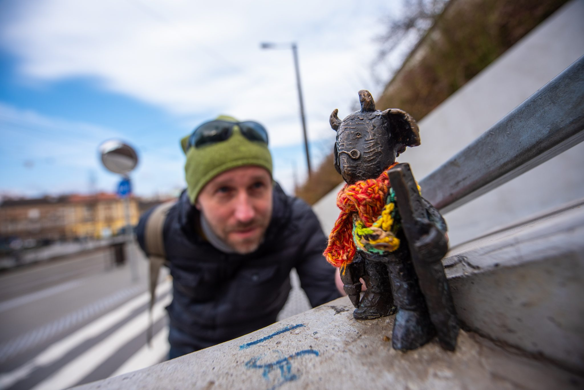 """I want to communicate with the people of Budapest, not with words, but with my sculptures"": Interview with Guerilla-Sculptor Mihály Kolodko post's picture"