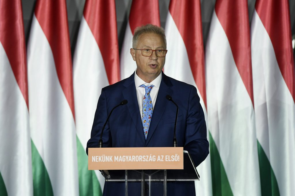 Fidesz Top Candidate: EU Must Restore Trust post's picture