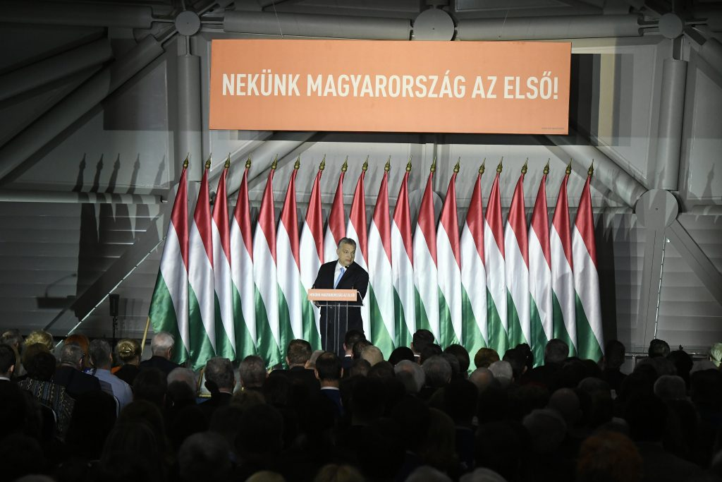Fidesz to Tour Country with EP Election Campaign