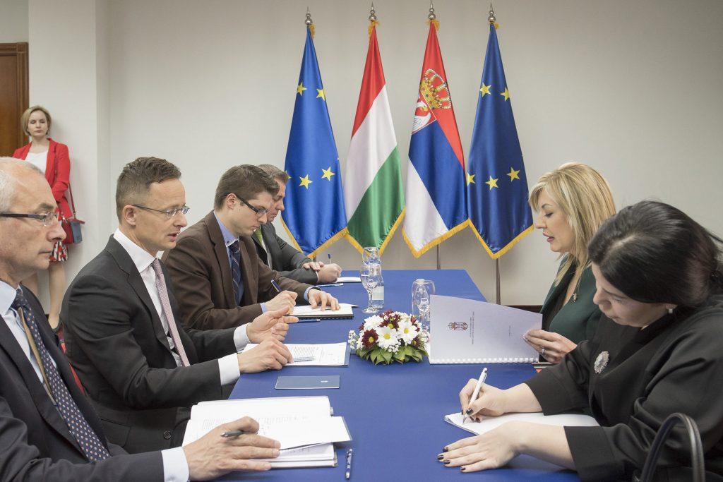 FM Szijjártó: Serbia to Enter the EU before 2025 post's picture