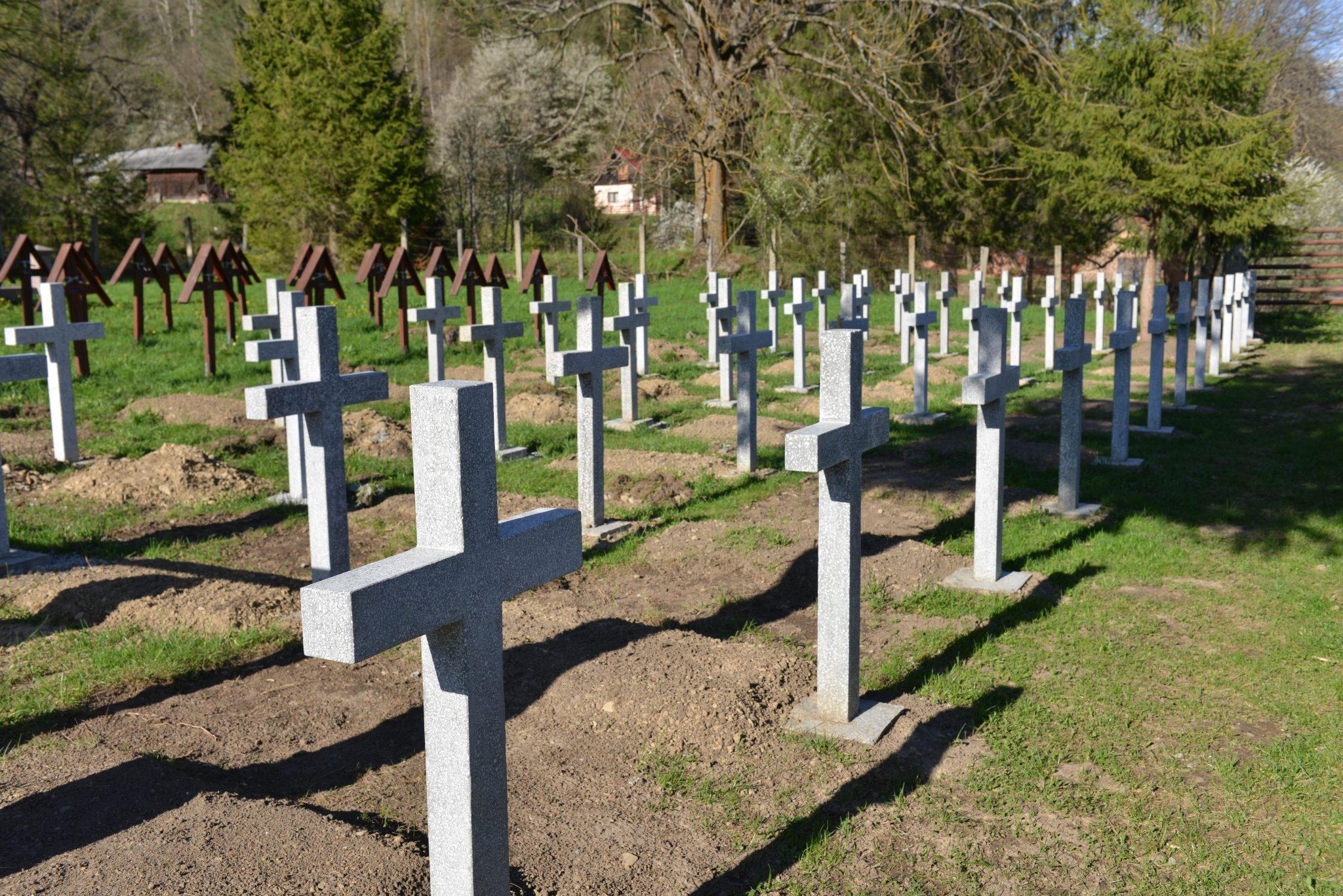 Hungary and Romania Start Talks on Úzvölgye Cemetery post's picture