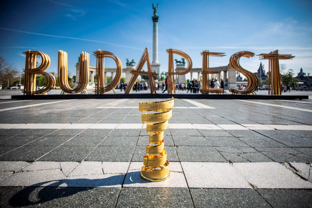 Giro d'Italia to Set Off from Budapest Next Year post's picture