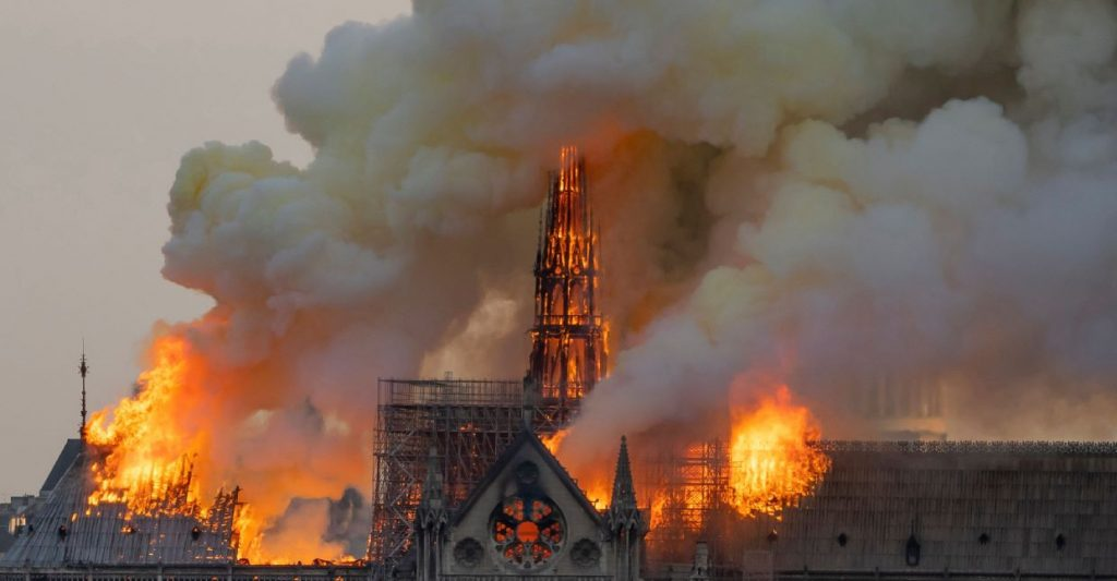 Budapest to Contribute to Notre Dame Reconstruction post's picture