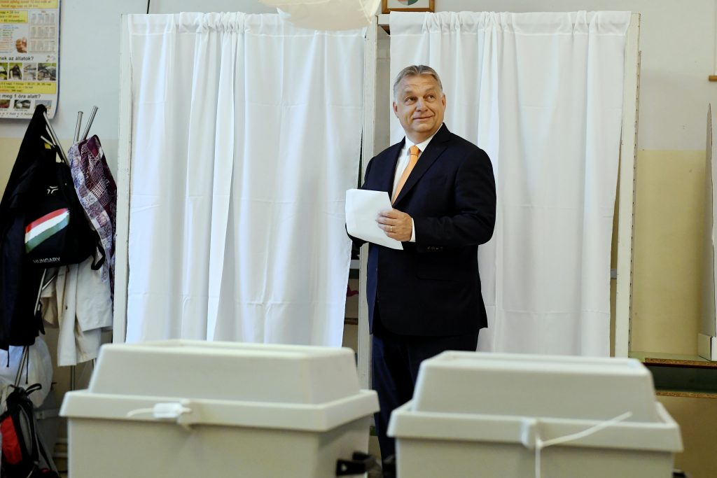PM Orbán Casts Vote, Voices Optimism post's picture