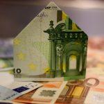 Hungarian Press Roundup: Gov't Extends Loan Repayment Moratorium