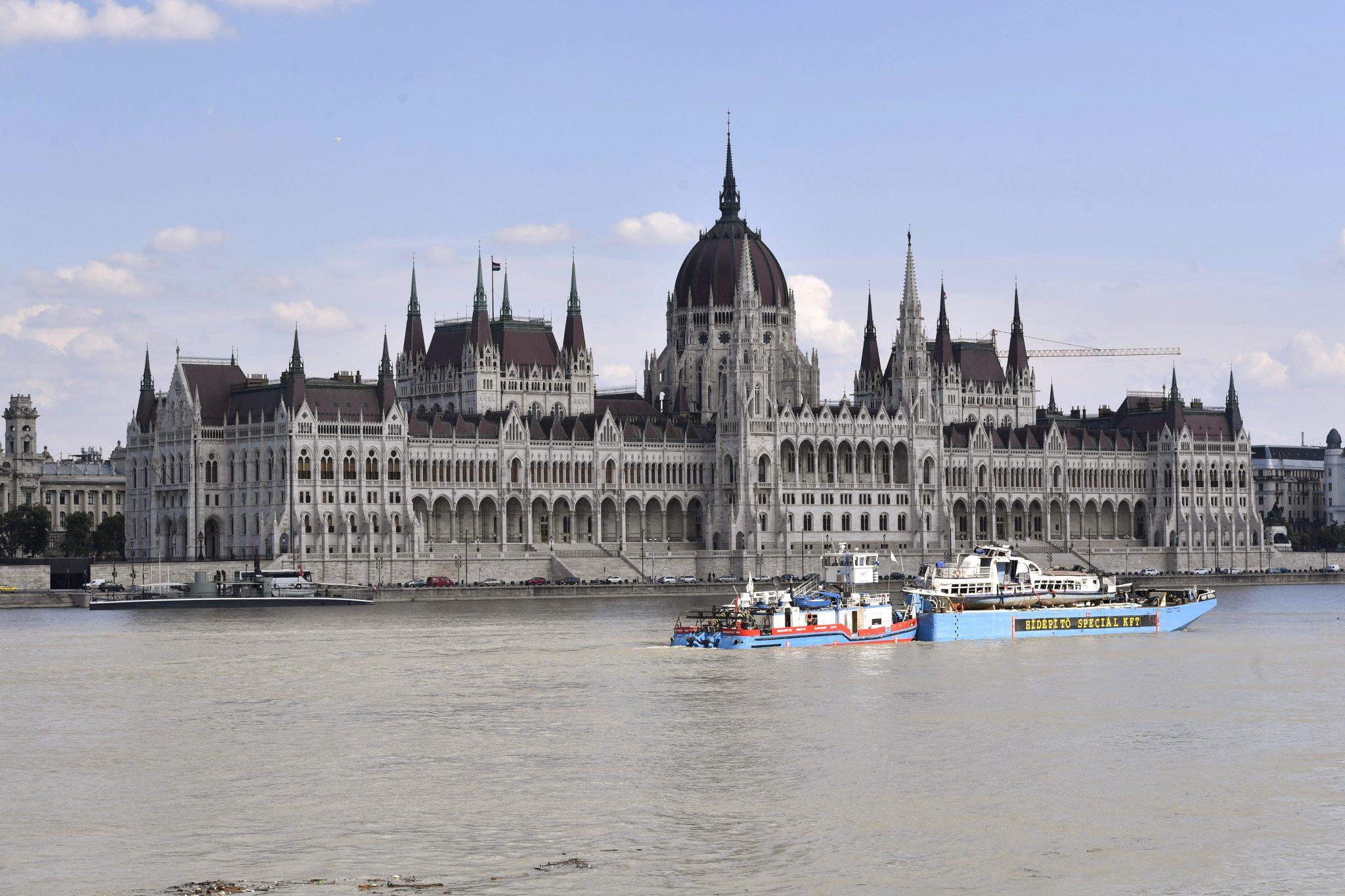 Jobbik Calls for Parlt Probe into Danube Collision post's picture