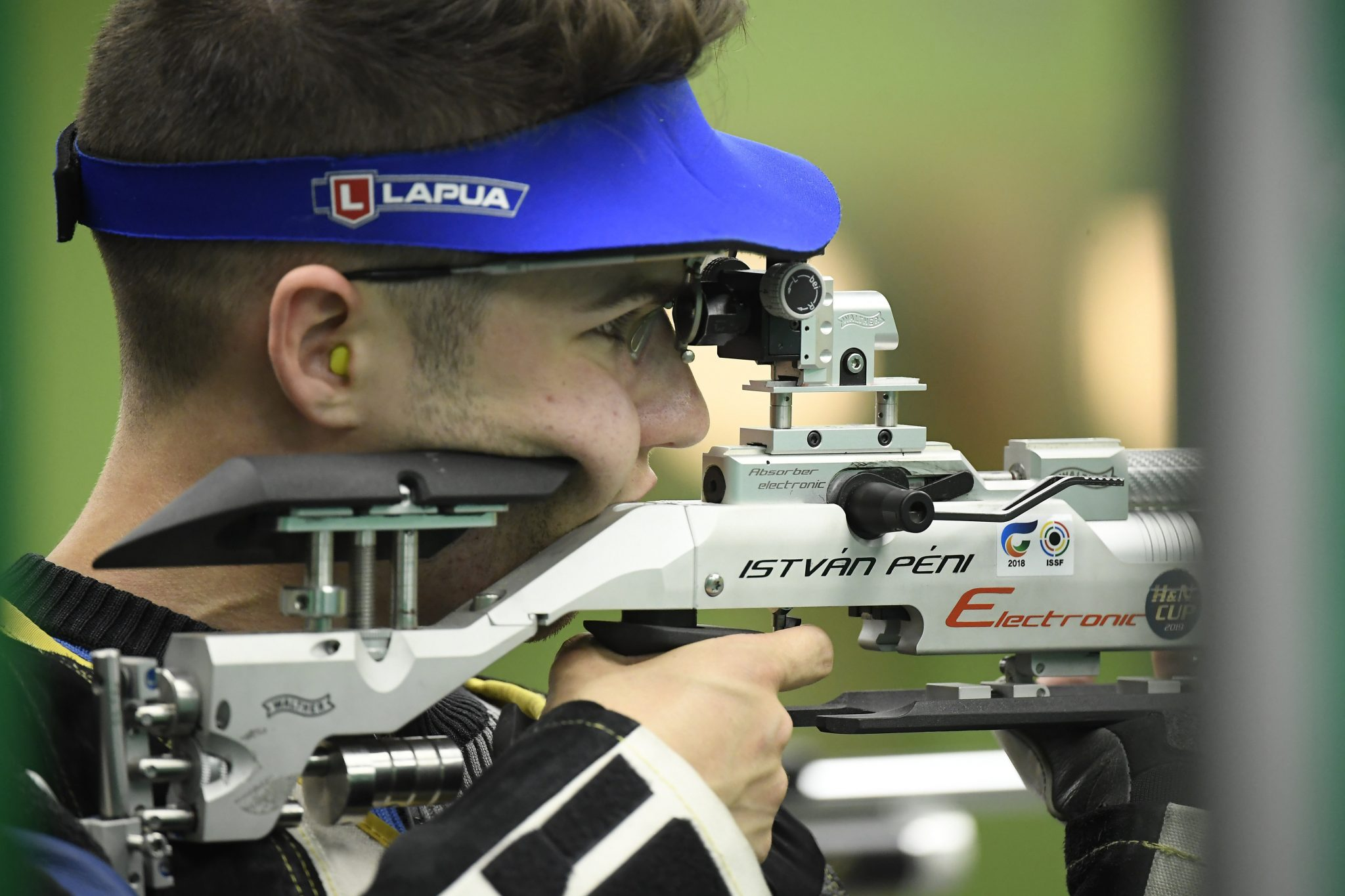 István Péni Wins European Shooting Championships After Controversy