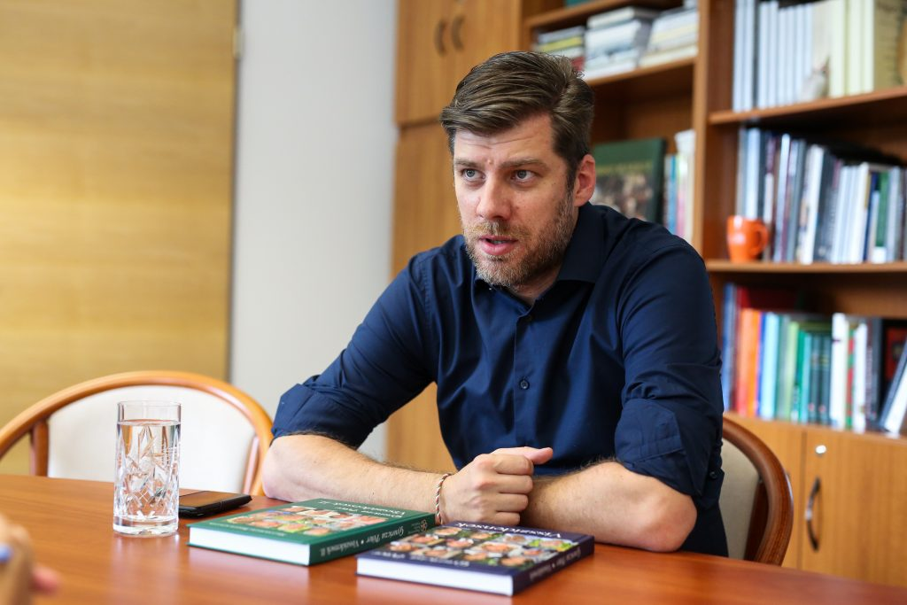 """This Government Thinks in Terms of Nationality, not in Borders"" – Interview with Péter Szilágyi post's picture"
