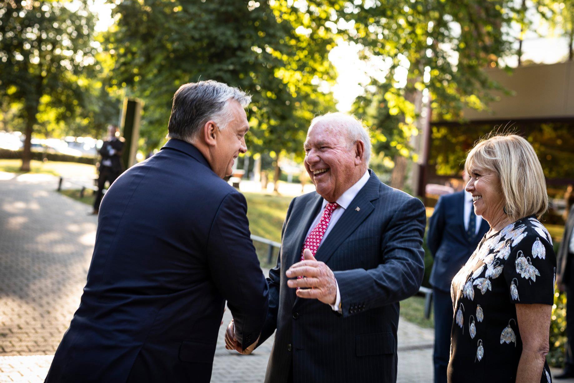 US Senators Address Cornstein over Russian IIB Bank and Freedom of Press post's picture