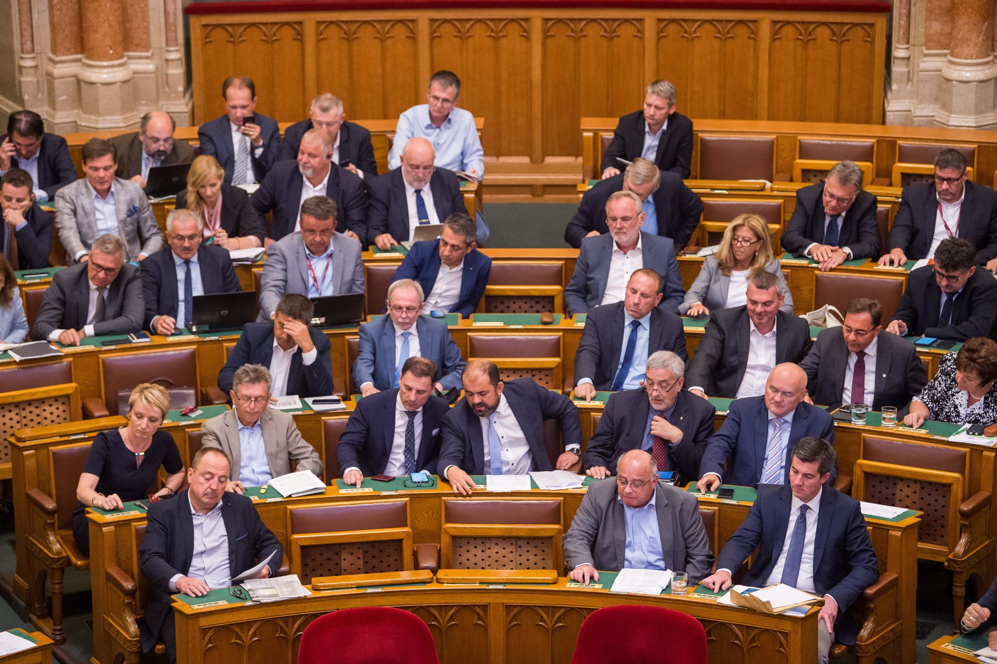 Parliament Approves 2020 Budget post's picture