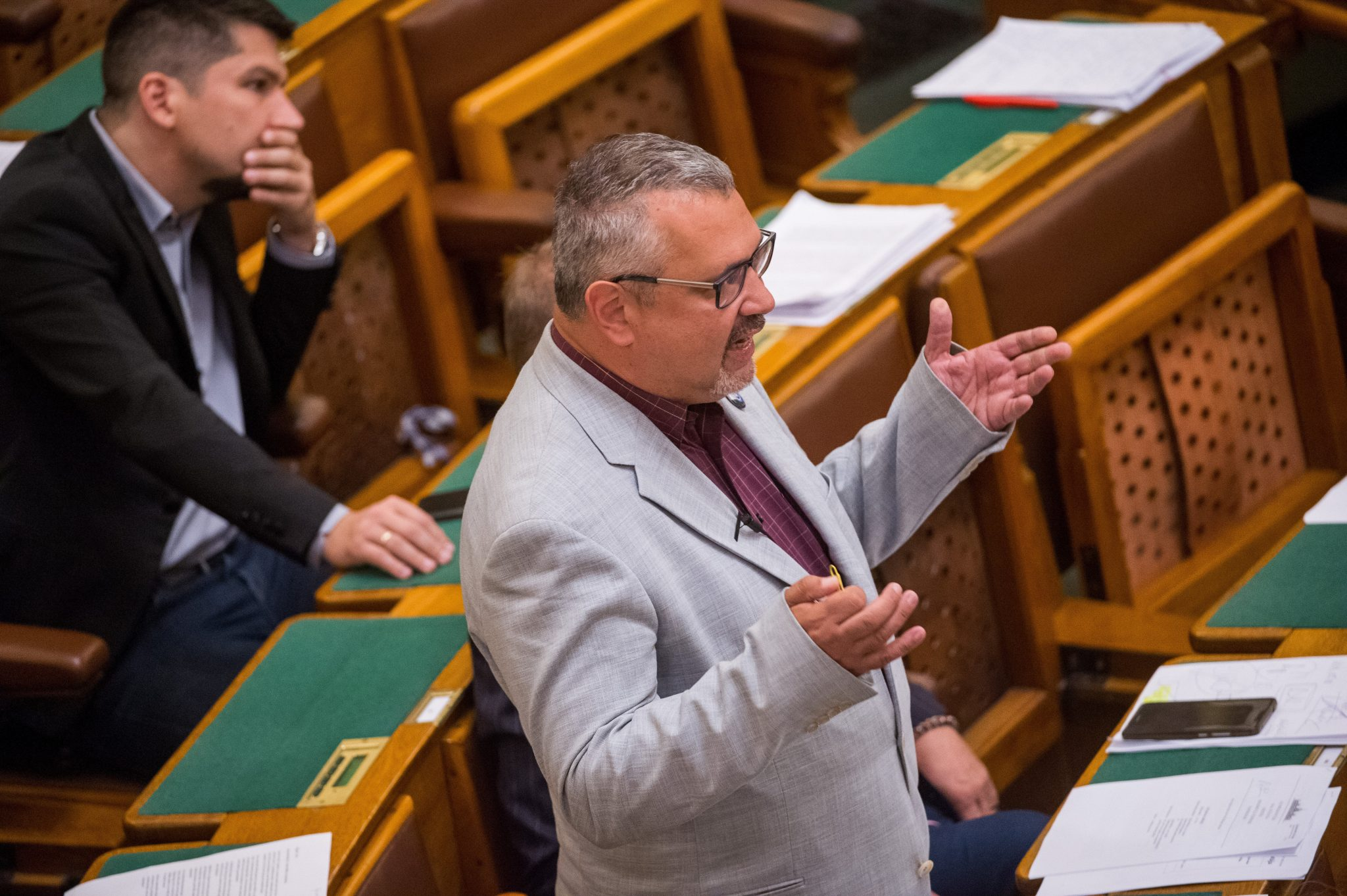 DK to Investigate Number of Missing Teachers in Hungarian Education post's picture