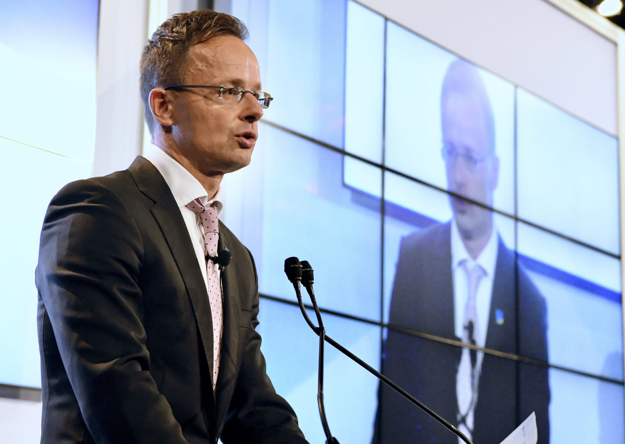 Szijjártó: Germany's Deufol to Build Packaging Plant in Hungary post's picture