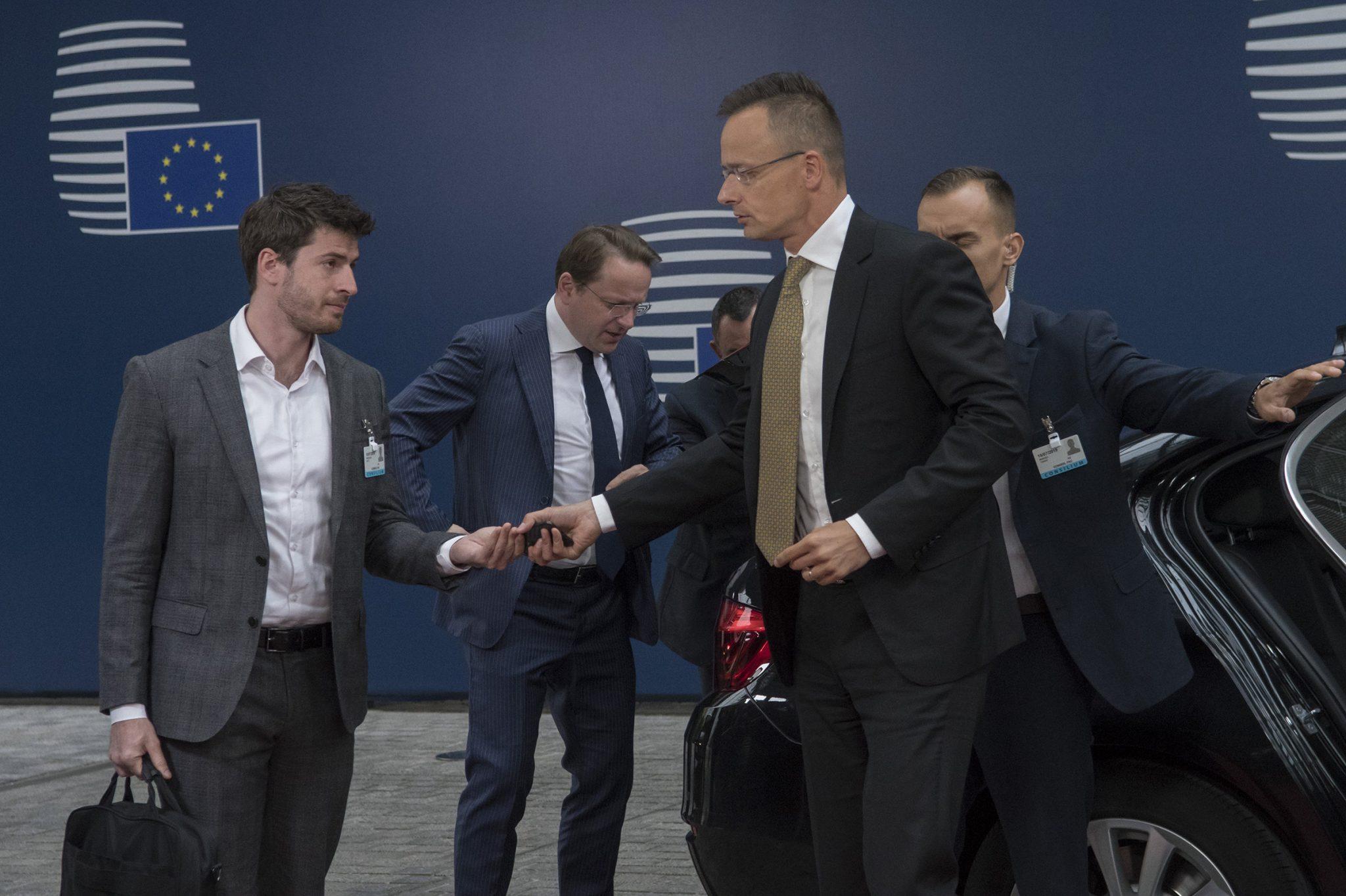 Szijjártó: EU Enlargement 'in Good Hands' with Hungarian Várhelyi post's picture