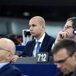 Opposition DK Urges EC to Block Hungary from Using Russian Coronavirus Vaccine