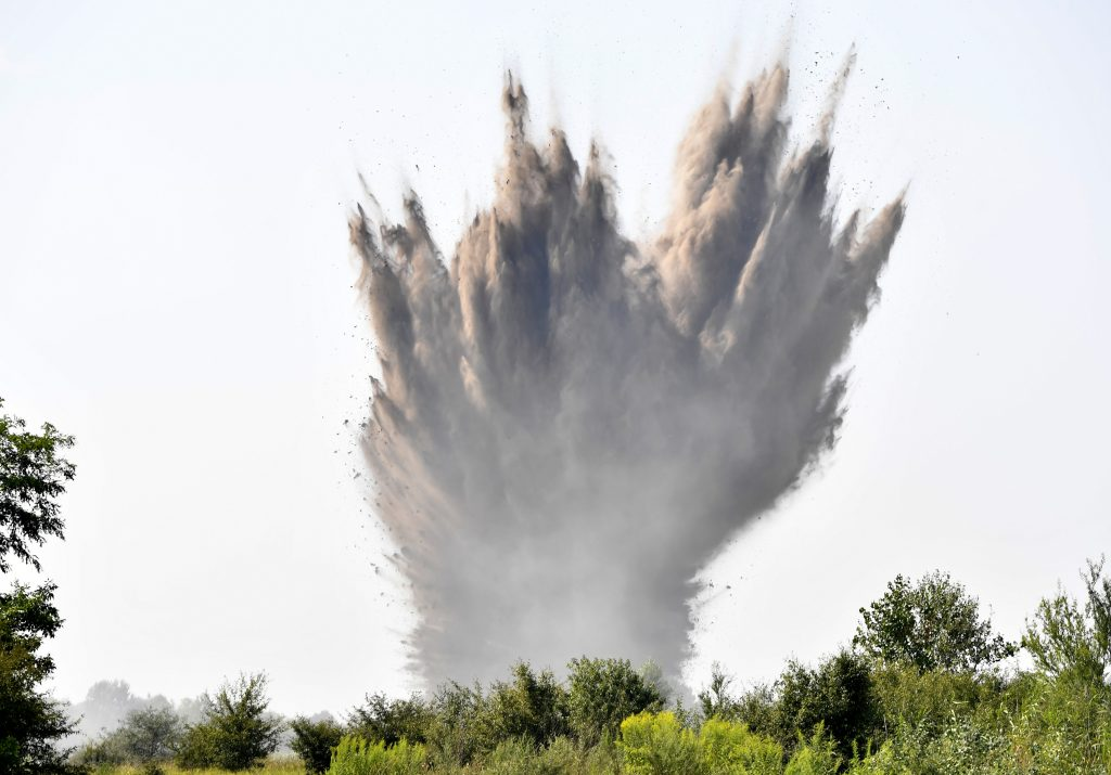 Disposal Experts Detonate Four WWII Bombs in Tatárszentgyörgy post's picture