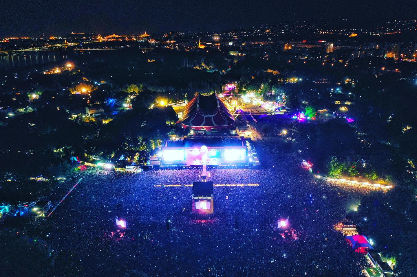 """Szitizen Ants"" – Breathtaking Drone Photos From Sziget Festival! post's picture"