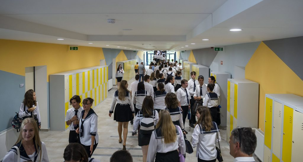 Ninety Thousand Students Would Attend Free Language Courses Abroad post's picture