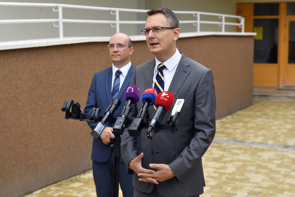 Rétvári: Social, Family, Employment Decisions Should Remain National Competence post's picture