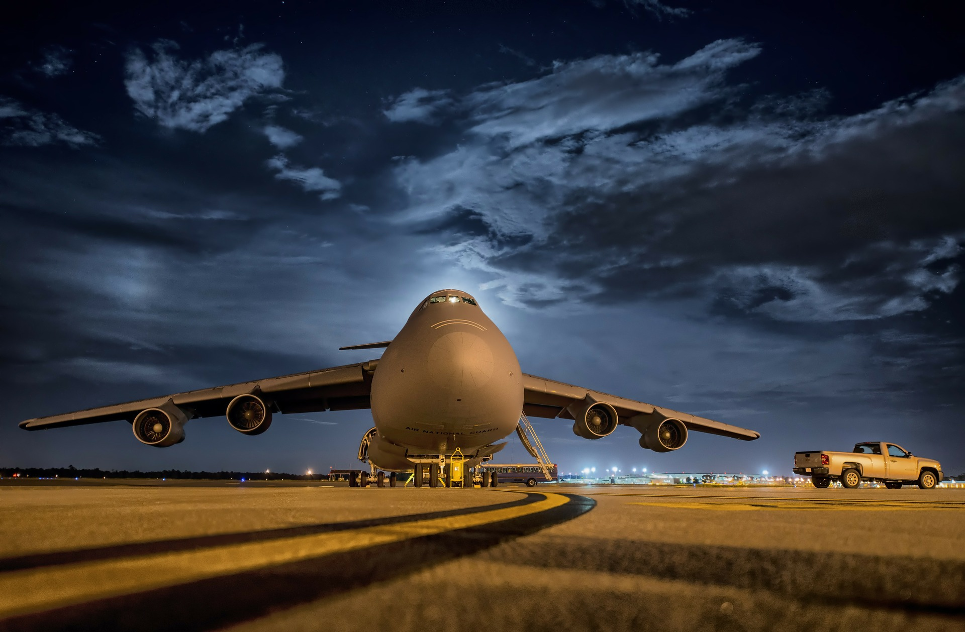 Tarlós: Night Air Traffic to Fully Stop over Budapest post's picture